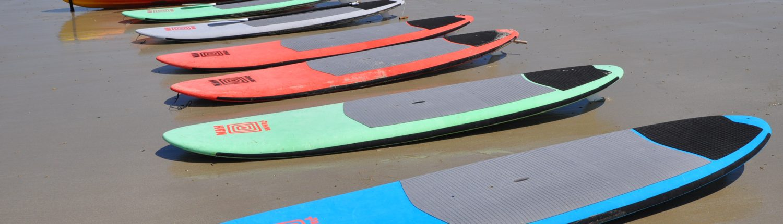 Stand Up paddles sur la plage